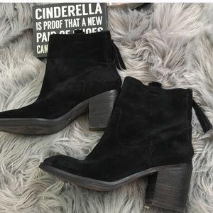 San Edelman Farrell black suede boot